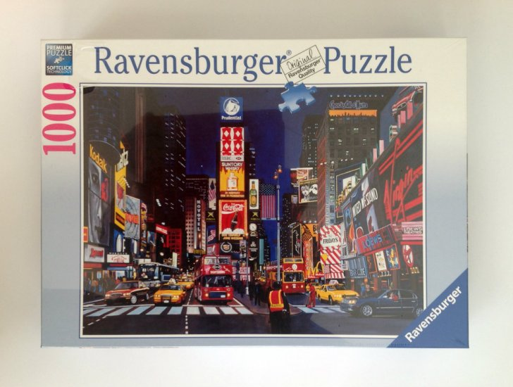 Ravensburger Times Square NYC 1000 piece Jigsaw Puzzle